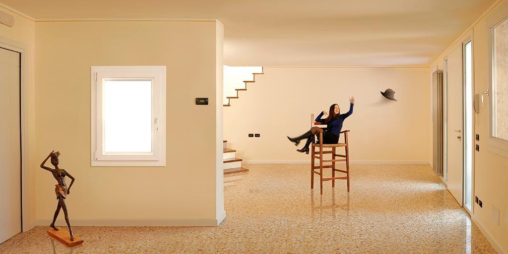 AdOpera, studio pubblicitario, comunicazione, immagine. Still-life, fashion, portrait: catalogo ARKALINE